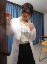 日本美少女木嶋のりこ红色网袜诱惑
