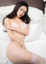 MiStar苏小曼姿势性感诱人私房照