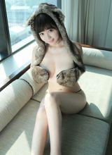 千年狐妖刘飞儿大胆秀巨乳写真照