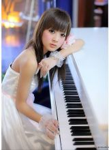 青春靓丽的台湾美女