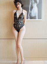 夜店女王艺轩丝袜长腿曲线很动人