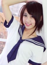 甜美学生妹Kira制服比基尼美图