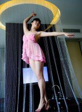 裙带即将脱落的芭蕾女神