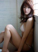 湿身透视女优薄纱紧贴巨乳