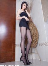 性感模特Flora美腿诱惑写真