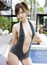池田夏希性感酥胸诱惑