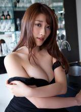 日本美女Mikie丰满爆乳性感诱惑