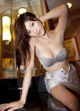 超惹火日本美女沐浴高清照