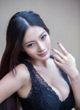 香港明星美女王李丹尼诱人巨胸