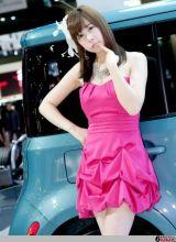 韩国可爱美女车模韩敏智