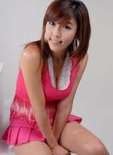 韩国长腿妹妹笑容甜身材美