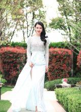 「小关之琳」美女模特红唇蕾丝裙妩媚写真