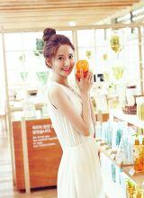 台湾气质甜美笑容的气质美眉清纯写真