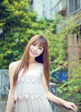可爱美女清纯夏日迷人街拍写真