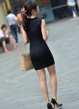 街拍性感迷人裙装美女