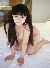 巨乳美女可儿性感夏日比基尼写真