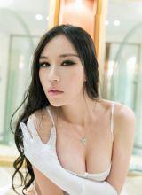迷人性感美女全裸诱人私房