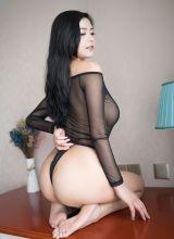 混血美女林美惠子颜值与身材无可挑剔